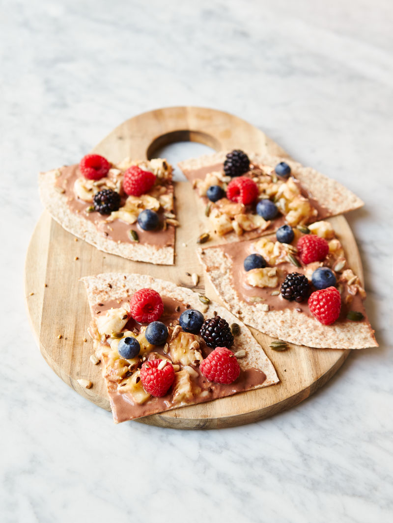 Mini super-fruit breakfast wraps